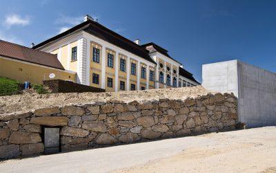 Wenn jeder Zentimeter zählt: Erweiterung des Weingut Schloss Gobelsburg